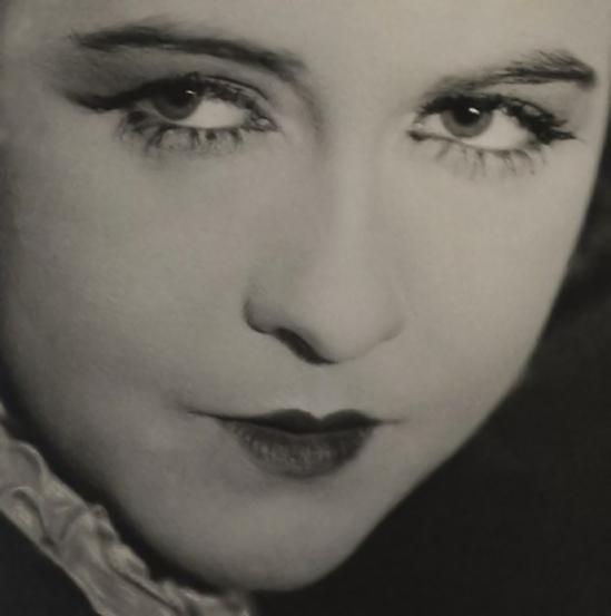 Émil Otto Hoppé-Dorothy Gish, 1925
