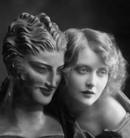 Émil Otto Hoppé -Sculptured and Living Beauty, 1924