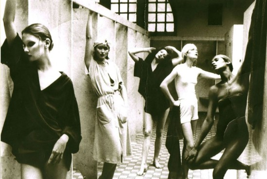 deborah turbeville- Bathhouse series, Vogue 1975. Photography by Deborah Turbeville, courtesy of Staley-wise Gallery, New York.2_e