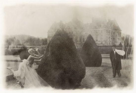 Deborah Turbeville-Rosima in Comme des Garçons - 1985 - The garden at Château de Vaux-le-Vicomte, France