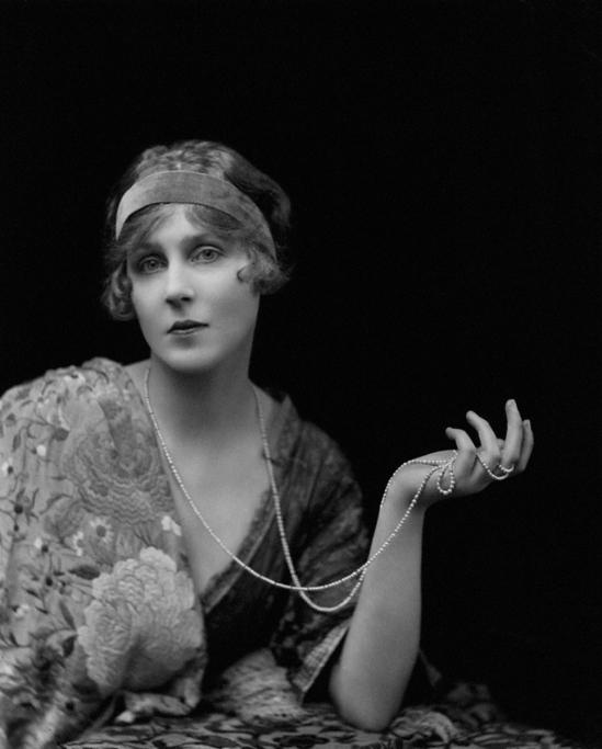 E. O. Hoppé - Diana, Viscountess Norwich (Lady Diana Cooper),modern bromide print, January 1916