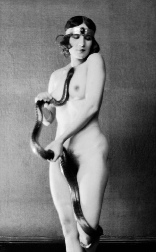 E. O. Hoppé - Ms. Diana Verne, dancer with snake, England 1922