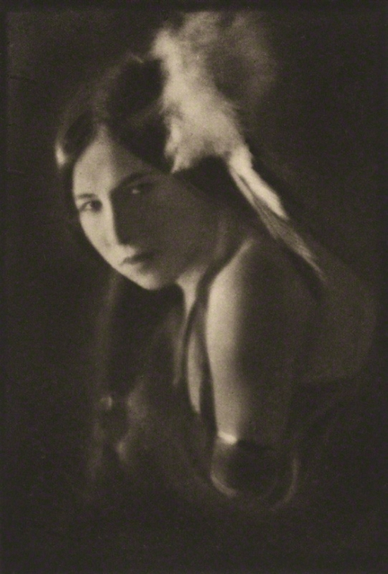 E.O.Hoppé -Princess White Deer (Esther Louise Georgette Deer) ,1921