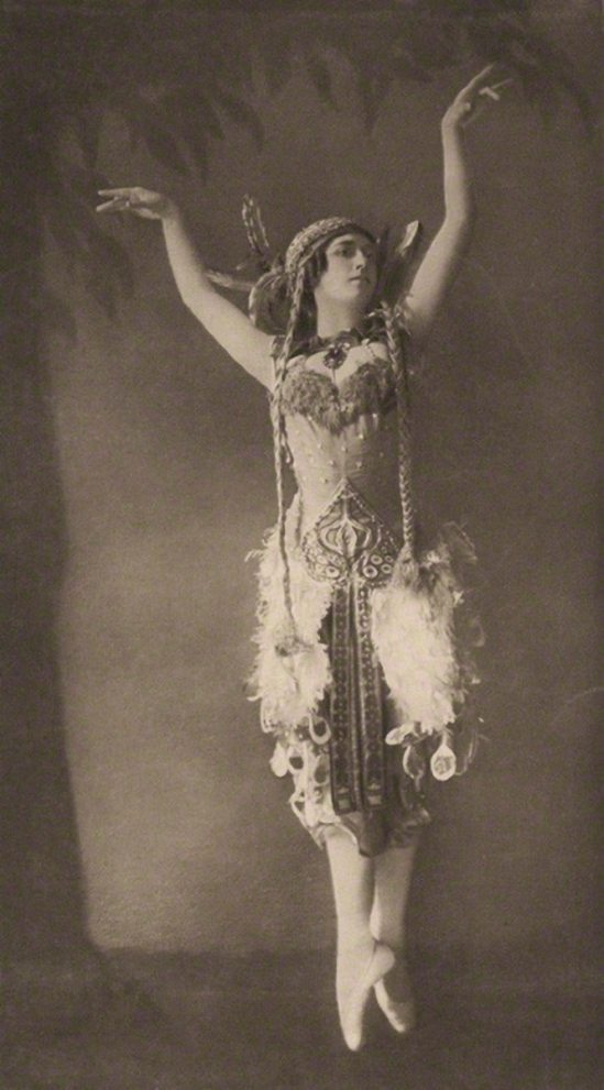 E. O. Hoppé - Tamara Karsavina as the Firebird in 'L'Oiseau de Feu' (The Firebird), 1911 photogravure,