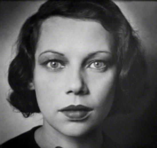 Emil Otto Hoppé – Portrait de La danseuse Tilly Losch, 1928