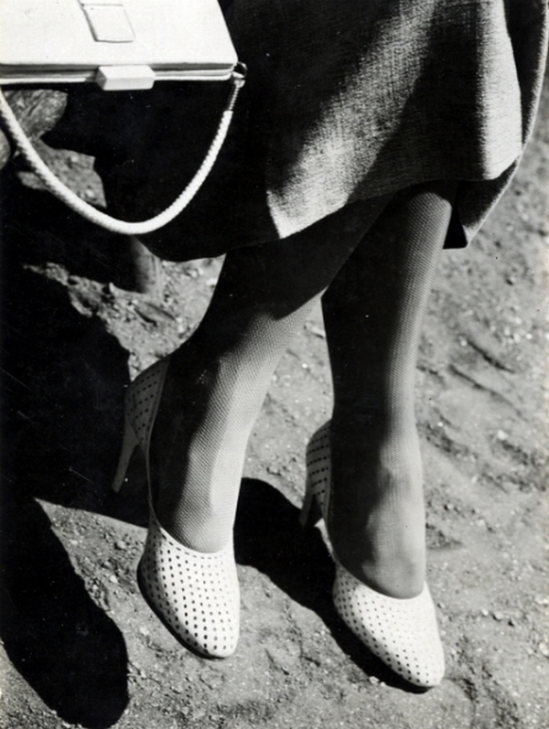 Jaromir Funke - Untitled (legs and purse), c. 1930s