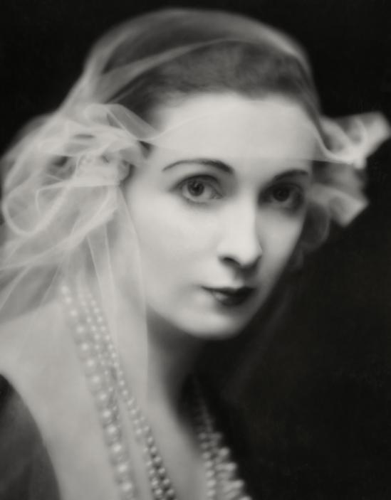 Émil Otto Hoppé-Lady Hazel Lavery, United States, 1916