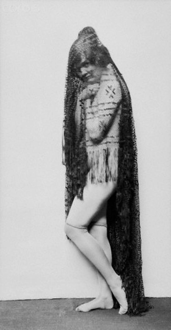 E. O. Hoppé- Pepita Bobadilla, english actress 1919
