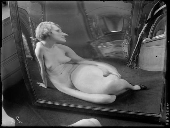 André Kertész -  Distortion #  02, 1933
