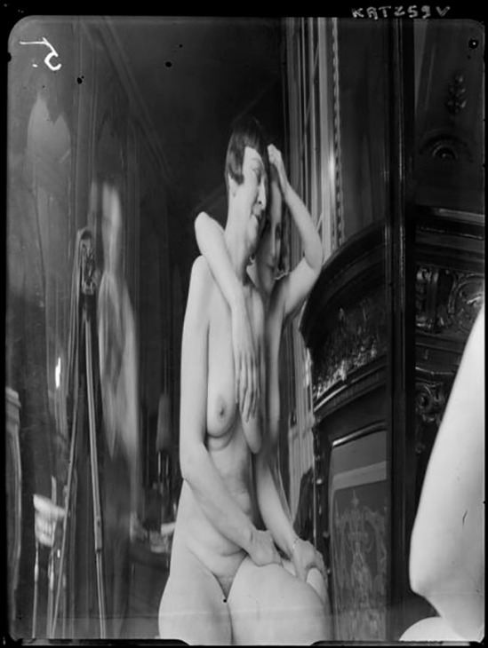 André Kertész -  Distortion #  05, 1933