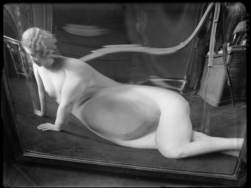 André Kertész -  Distortion #  09, 1933