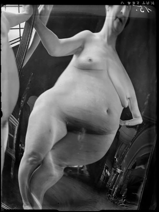 André Kertész -  Distortion #  15, 1933