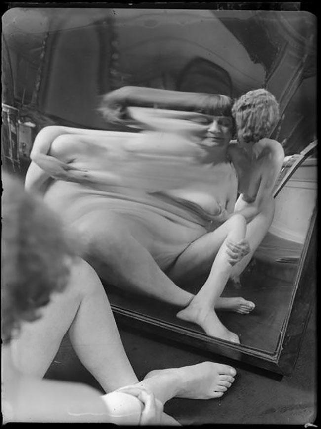 André Kertész -  Distortion #  17, 1933