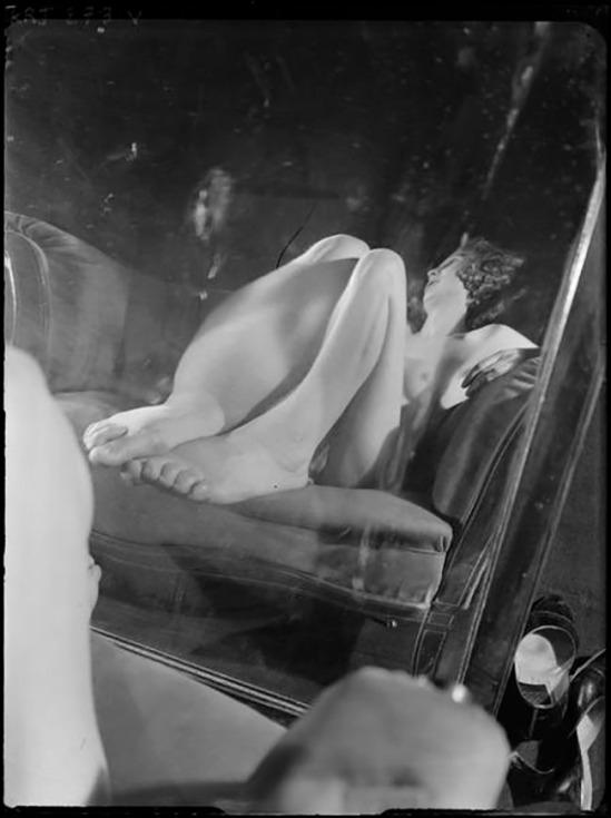 André Kertész -  Distortion #  22 , 1933