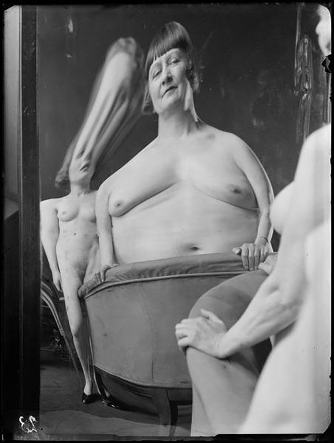 André Kertész -  Distortion #  23 , 1933