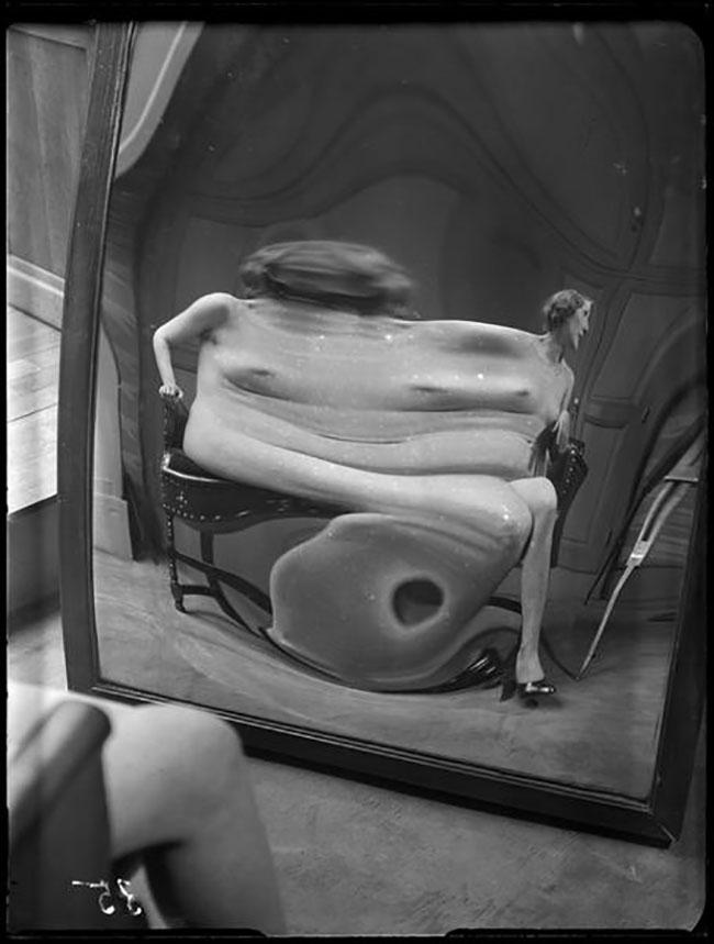 André Kertész -  Distortion #  35 , 1933