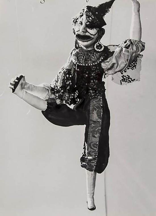 Lucien Clergue - Poupée de Martha Kuhn-Weber, 1964