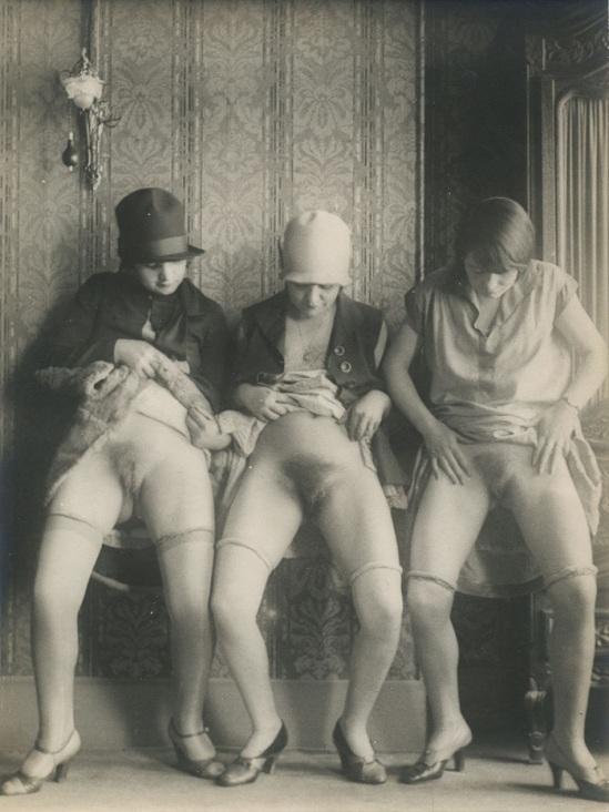 Monsieur X - Trois femmes de maison close , 1930