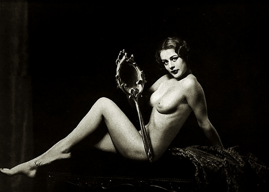 Alfred Cheney Johnston - Female nude study, 1937