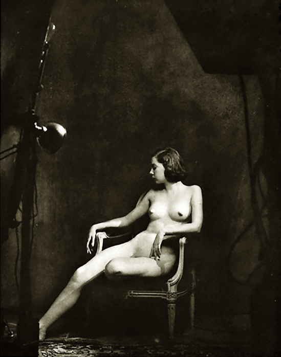 Alfred Cheney Johnston - Model tilly Loch, from Enchanting Beauty, 1937