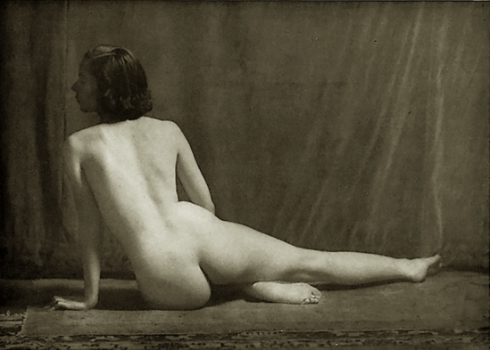 Alfred Cheney Johnston - Model tilly Losch, from Enchanting Beauty, 1937 p68