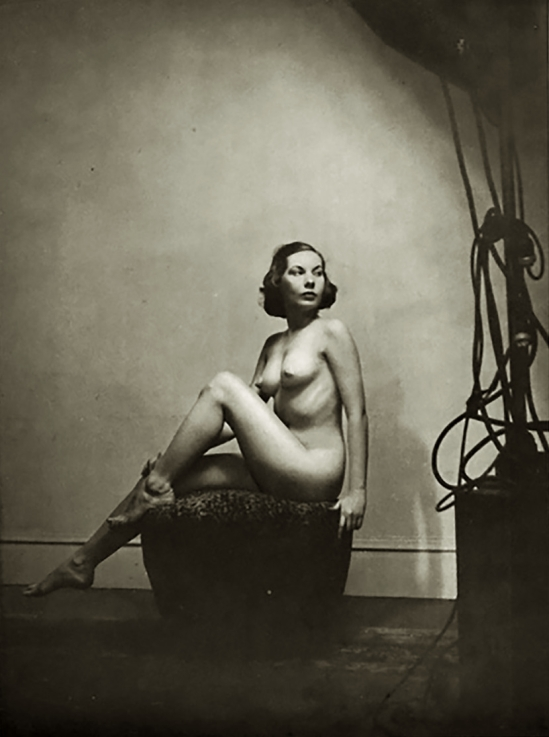 Alfred Cheney Johnston - Model tilly Losch, from Enchanting Beauty, 1937 p87