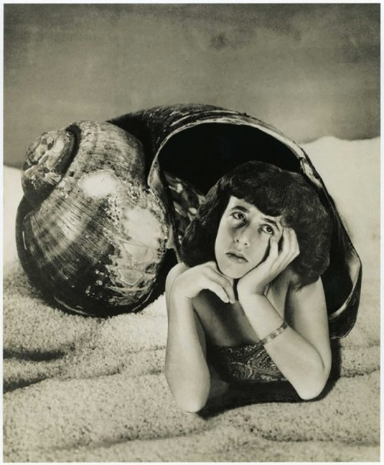 Grete Stern, Dream No. 4, Freshwater mermaid