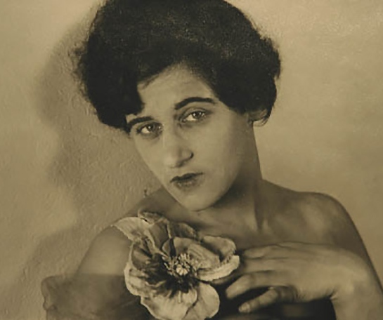 Grete Stern, Self-Portrait with flower 1935 &