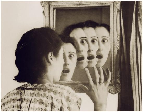Grete Stern-  Sueños 43. Los Sueños de espejo, 1949.  Idilio 17. &