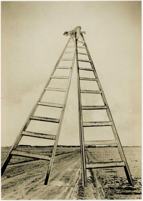 Grete Stern- Sueños  Nº 20 Perspectiva, for Idilio Magazine, 1949 (2)