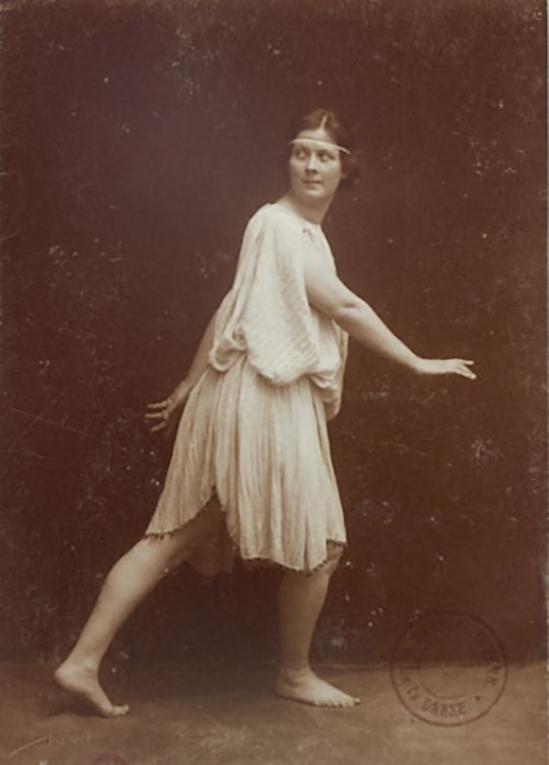 Studio Elvira -Isadora Duncan, 1903