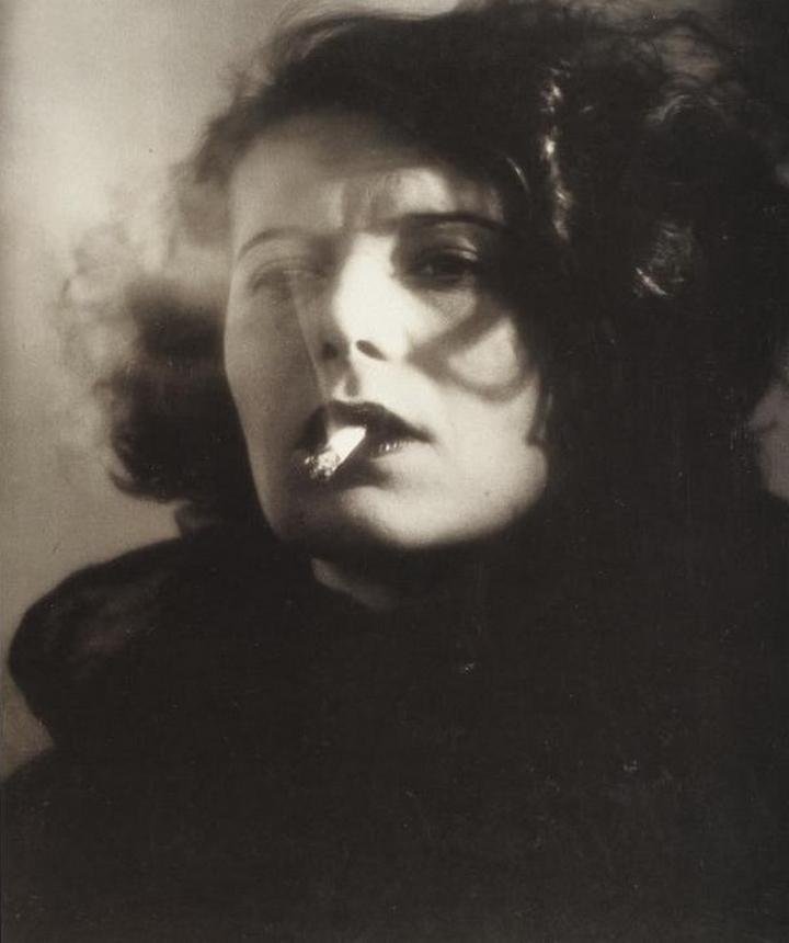 Iwata Nakayama- Woman from Shanghai 1936 1