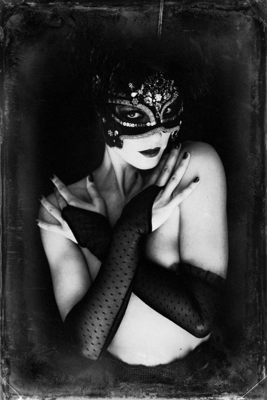 Malika Mokadem- The mask 5, 2013