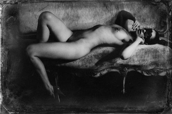 Malika Mokadem- Velvet couch 1, 2011