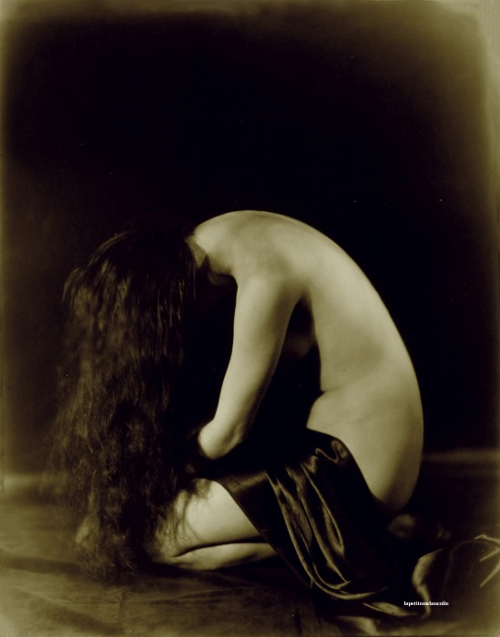 Orval  Hixon-Denishawn Dancer Figure Study Vanda  hoff (DeniShawn dancer and 3rd wife of Paul Whiteman (King Of Jazz). 1922