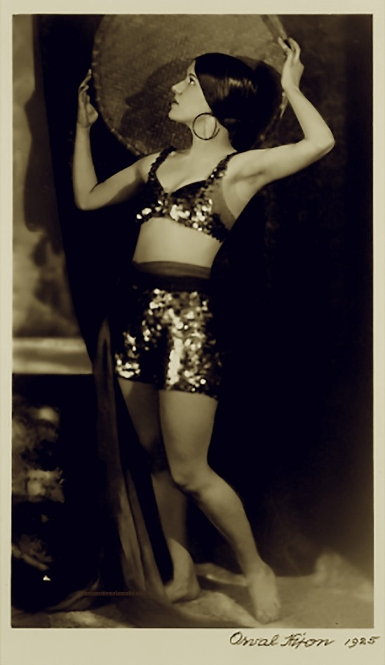 Orval  Hixon- Portrait of unknown  vaudeville dancer , 1925