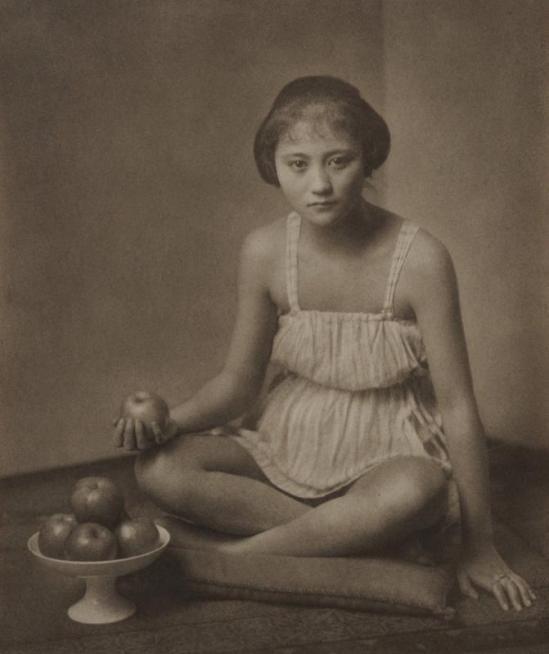 Yasuzo Nozima-sans titre , 1930 gum bichromate print