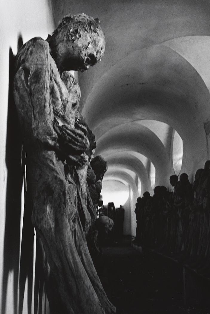 John Gutmann-Corridor of the Catacombs, Guanajuato, Mexico, 1960