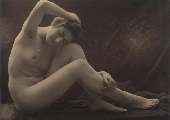 Joan Vilatoba - Study of nude , 1904-10 © herederos ( descendants) de Joan Vilatoba. Cortosia Galery A34