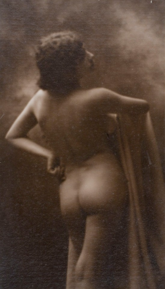 Joan Vilatobà- nude 1903-1904 © Museu Nacional d'Art de Catalunya