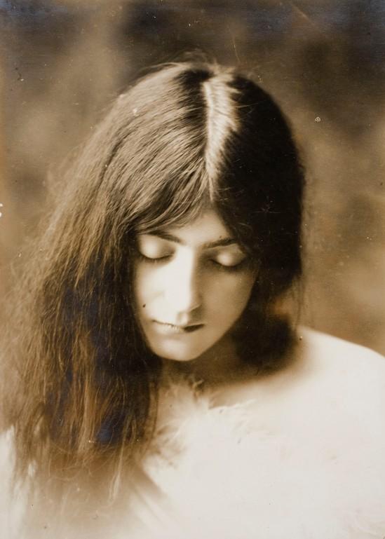 Joan Vilatobà- Portrait 1903-1905 © Museu Nacional d'Art de Catalunya