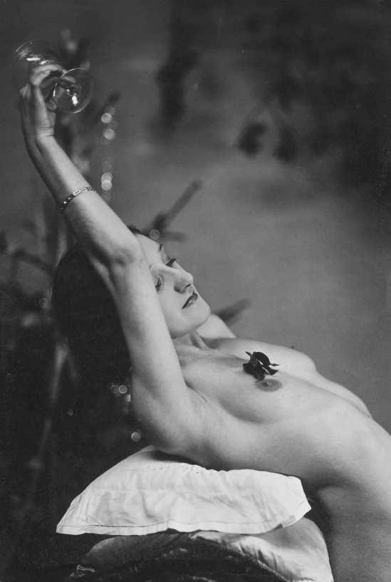 Anonyme. Violette Nozière, Noël, 1932 ( vente Drouot )