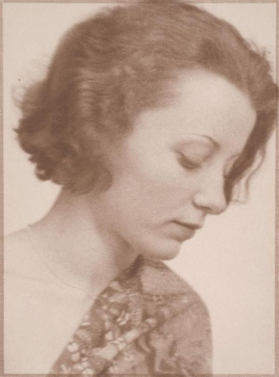 Josef Breitenbach- Portrait of a lady, Munich, 1932,  Munich,, Gelatin silver print© The Josef Breitenbach Trust.