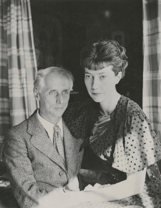 Josef Breitenbach-Portrait of Max Ernst and Marie-Berthe Aurenche, 1936 Paris, Gelatin silver print © The Josef Breitenbach Trust.