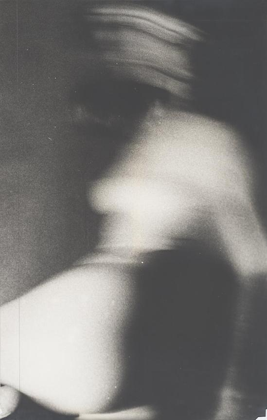 Robert Heinecken - Twisted Figure, 1964, Tirage argentique © Robert Heinecken Archives