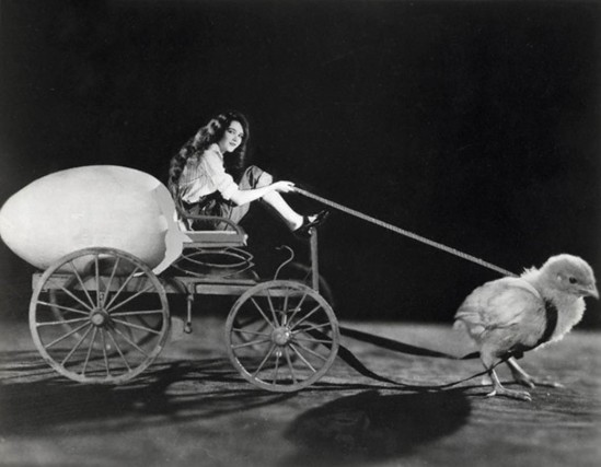 Underwood & Underwood-Mary Philbin on Chick-Drawn Cart Original caption by Rather Novel, nd © Underwood & Underwood- Corbis.