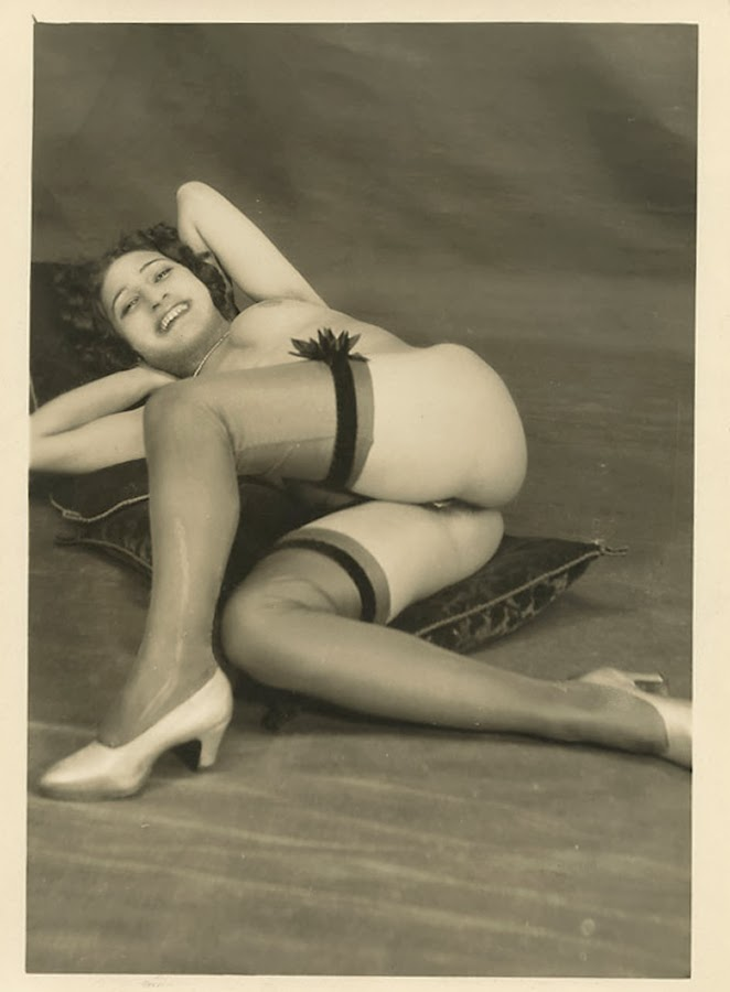 Grundworth - nude. Ca. 1930