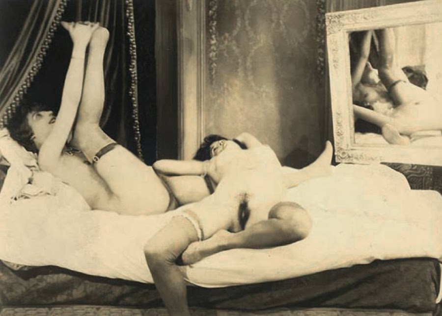 Grundworth - Two Nudes c1920s Gelatin silver medium postcard.