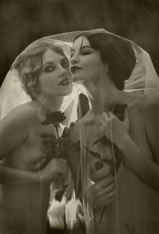 Retroatelier - Model Dixie and Rada, Exaltation from serie black roses, 2008