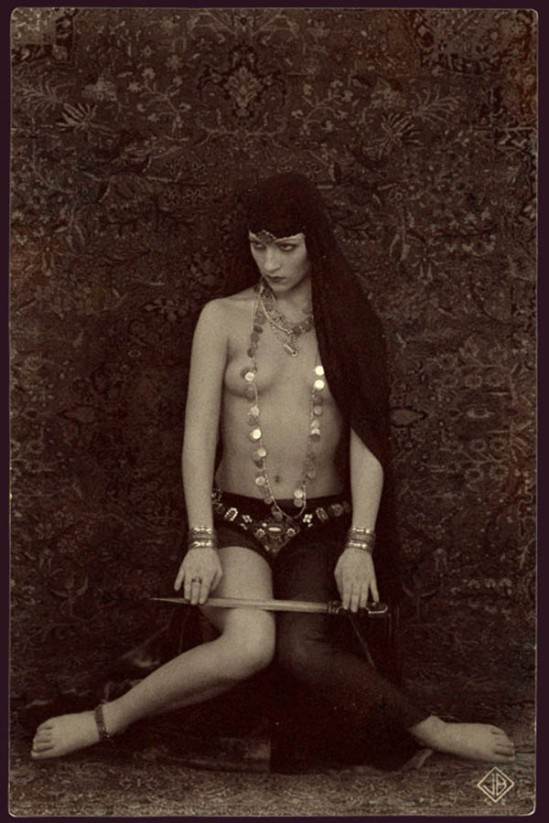 Retroatelier- Salome. 1920s.Model Julia, 2005